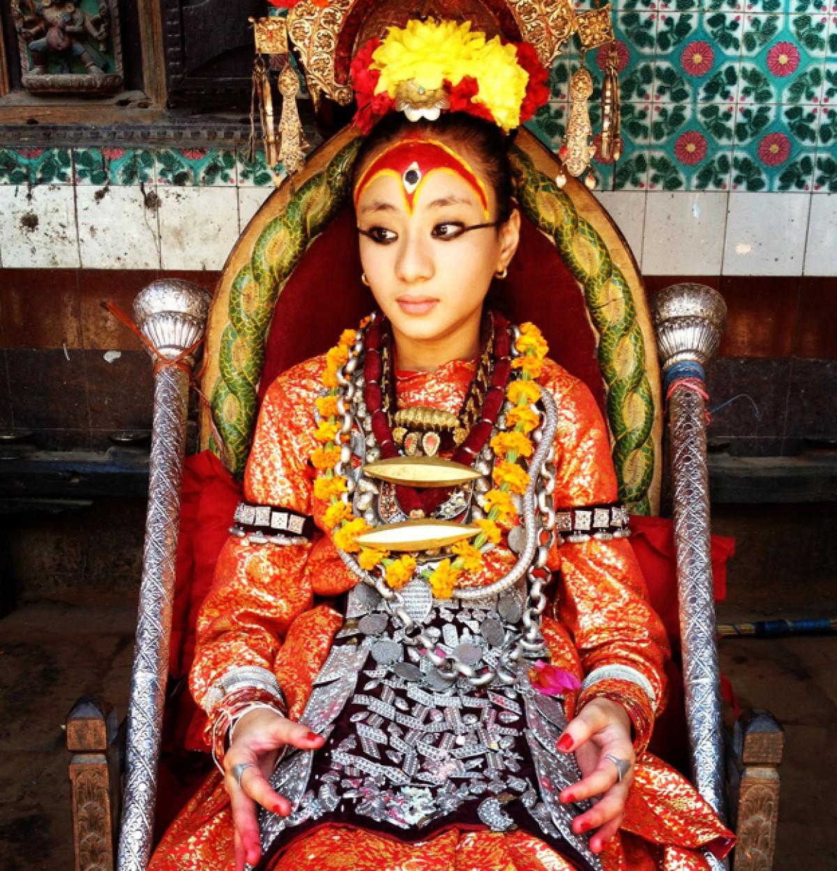 Η διαφορετική ζωή της 12χρονης θεάς του Νεπάλ