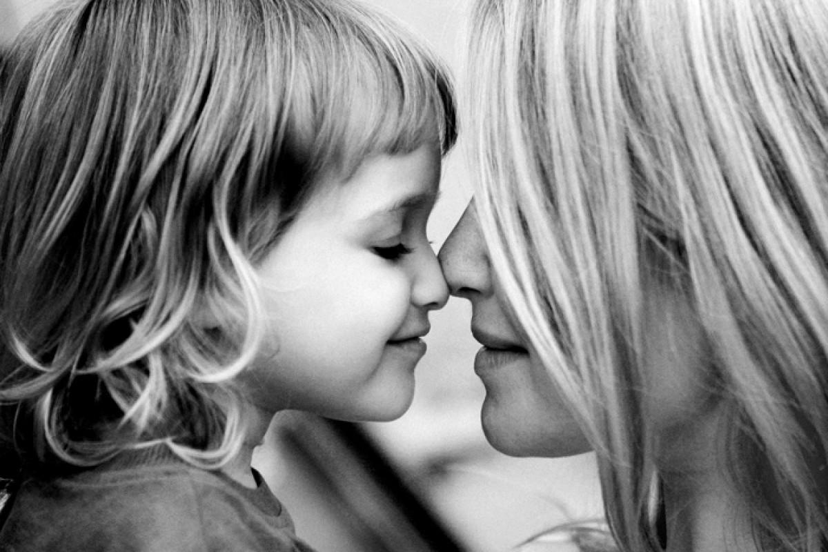 Πώς η κόρη μου μού έμαθε να αγαπώ τον εαυτό μου