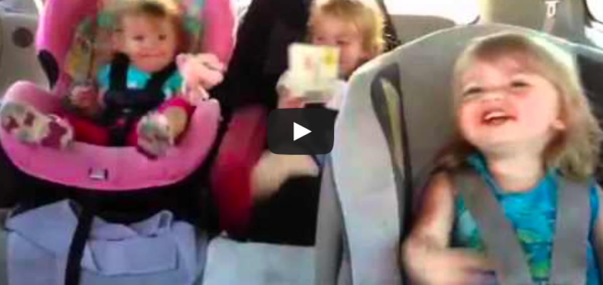 [Βίντεο] Από τον ύπνο στον… χορό!