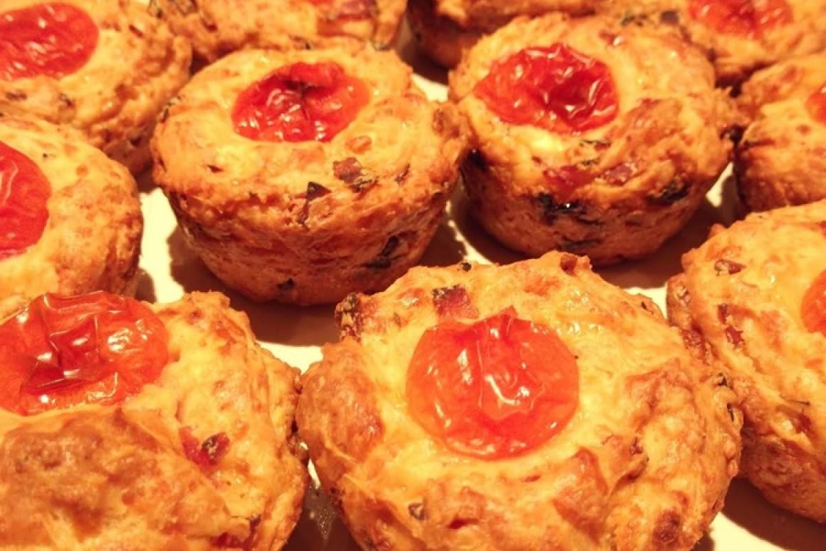 Λαχταριστά muffins πιτσάκια με κοφινάκι!