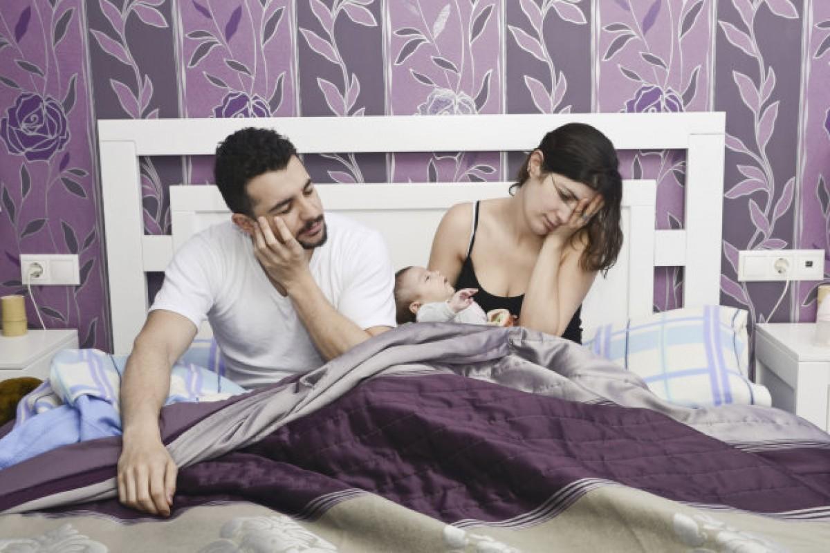 [Έρευνα] Οι νέοι γονείς χάνουν 970 ώρες ύπνου τον πρώτο χρόνο