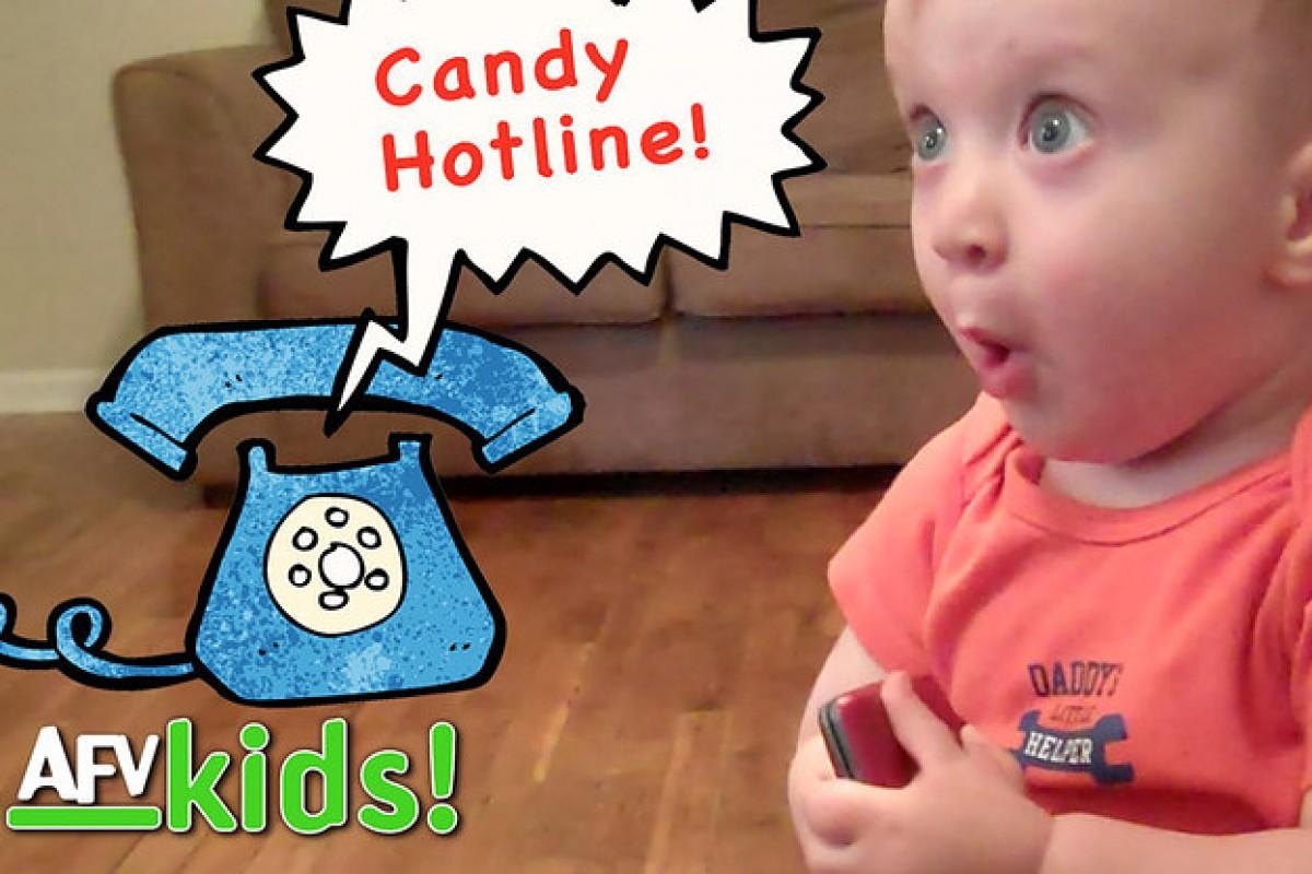 [Βίντεο] 8 μωράκια και οι απίθανες αντιδράσεις τους όταν χτυπάει το τηλέφωνο