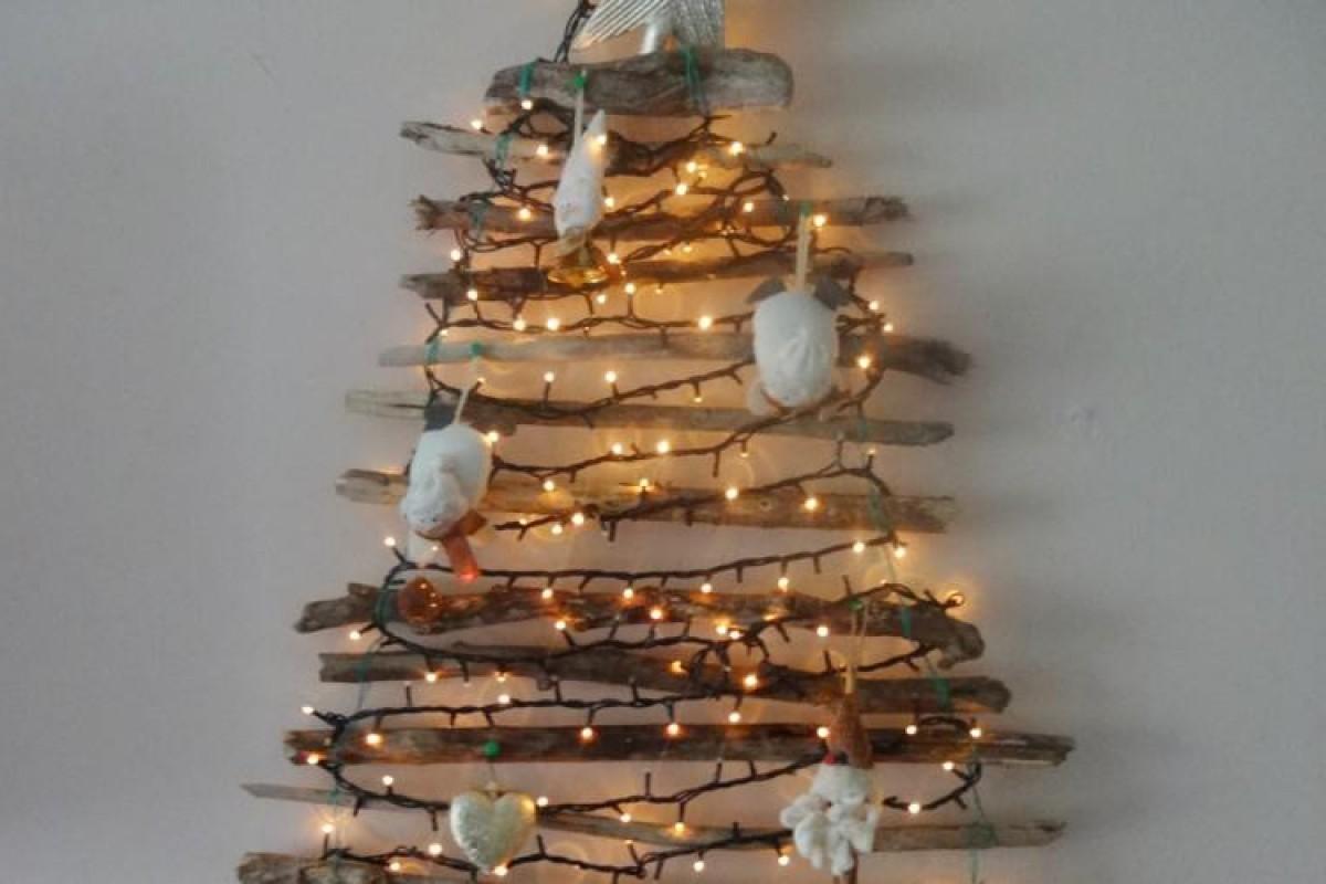 Χριστουγεννιάτικο δέντρο στον τοίχο!