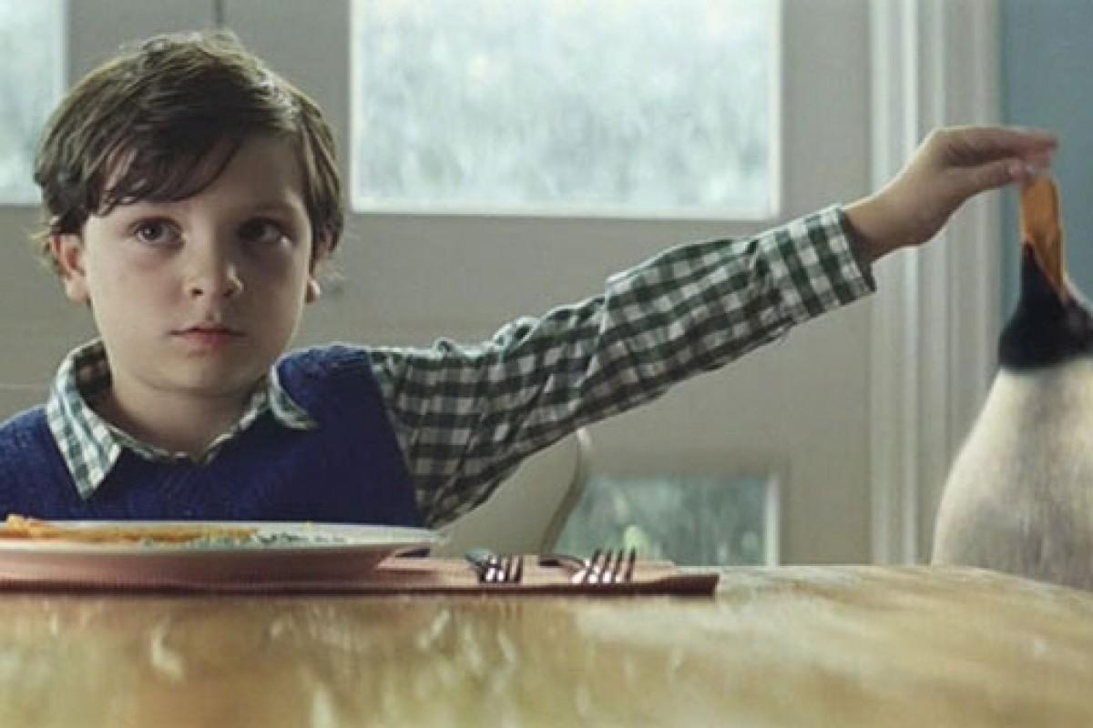 [Βίντεο] Μια μαγική Χριστουγεννιάτικη ιστορία αγάπης μέσα απ' τα μάτια ενός παιδιού