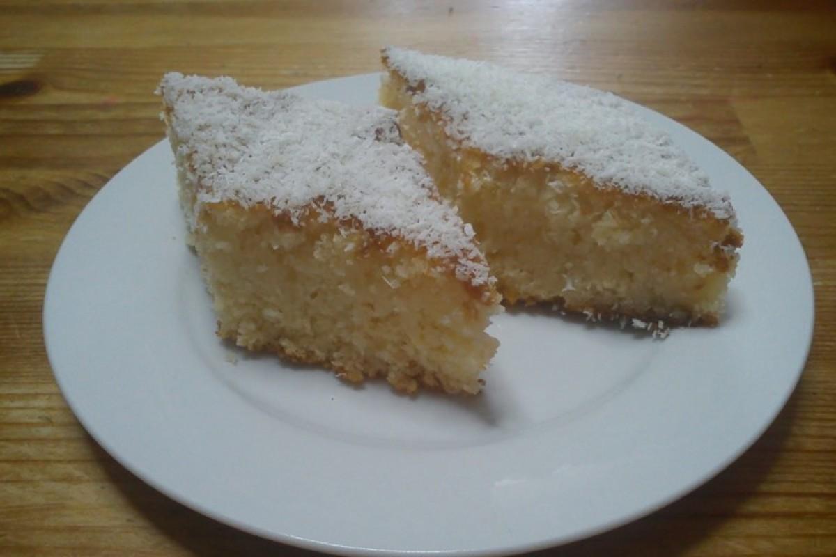 Κέικ καρύδας με σιρόπι