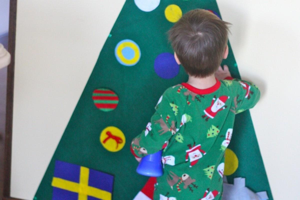 Ένα χριστουγεννιάτικο δέντρο για πολύ μικρά παιδάκια!