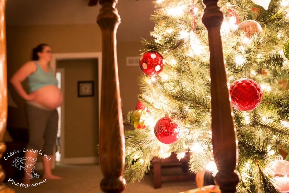 Μαγικές φωτογραφίες από τοκετούς στο σπίτι… τα Χριστούγεννα!