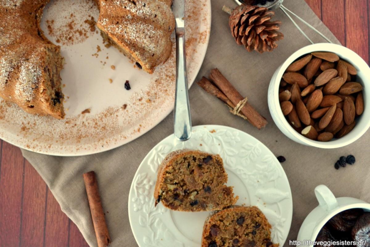 Πλούσιο κέικ με ξερά φρούτα και αμύγδαλα