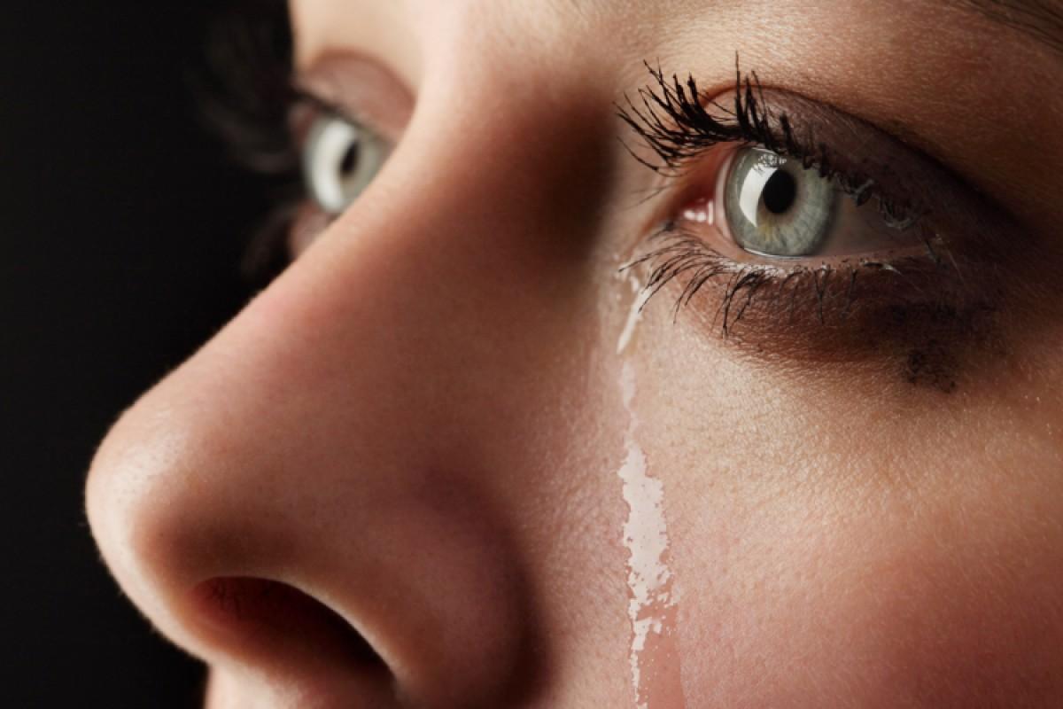 Απεγνωσμένη… Όταν η μάνα είναι χειρότερη από την πεθερά!