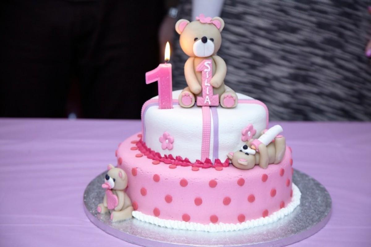 Το πάρτυ για τα πρώτα γενέθλια της Σύλιας!