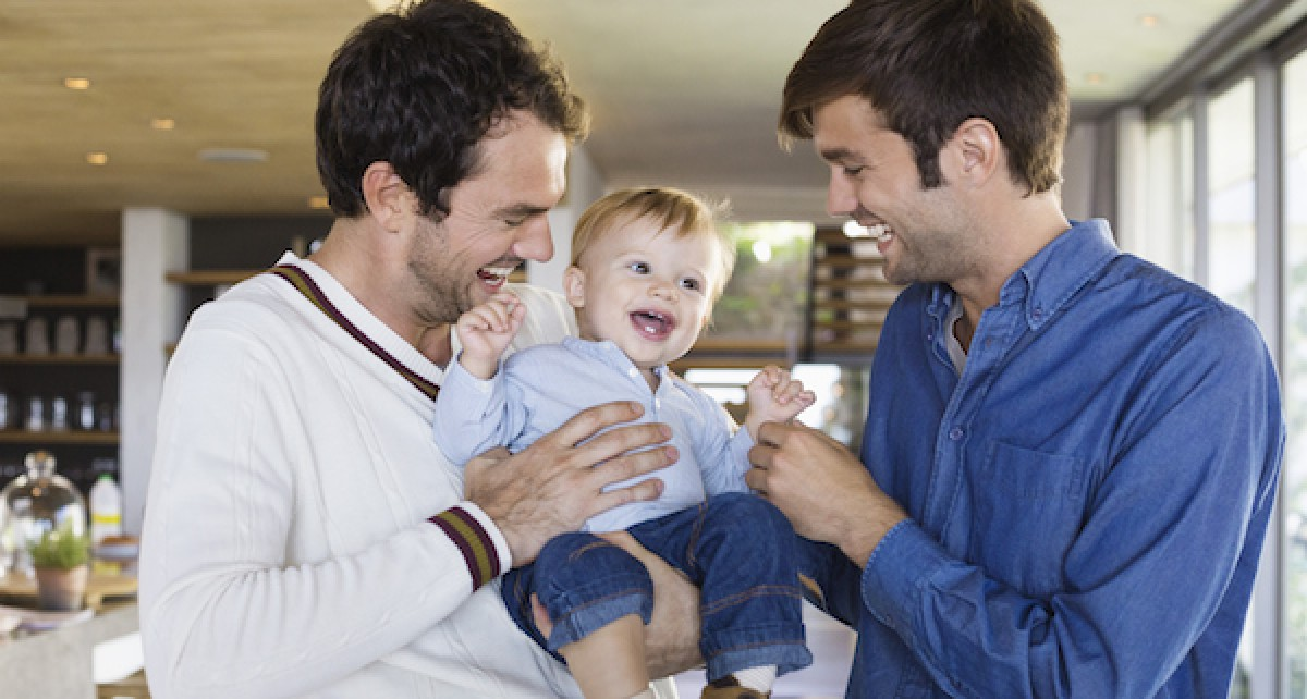 Εφικτά τα βιολογικά παιδιά από γονείς του ίδιου φύλου, σύμφωνα με νέα έρευνα