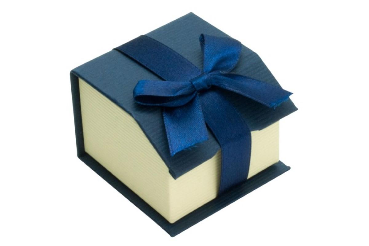Ένα μικρό τετράγωνο κουτί