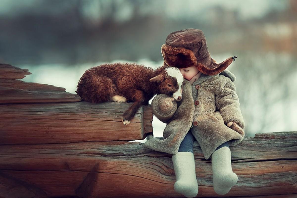 Παιδάκια και ζωάκια – μια σχέση βγαλμένη απ' τα παραμύθια