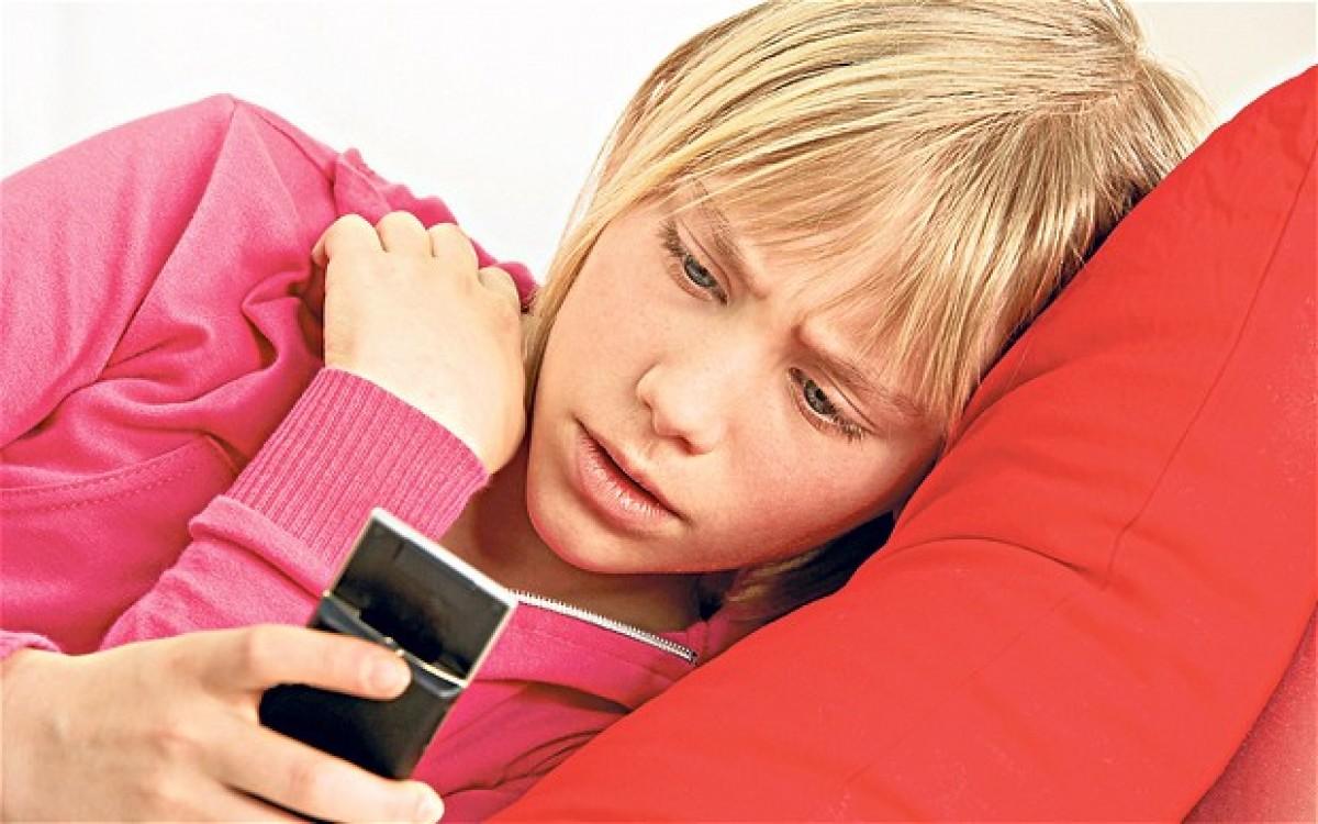 Τα smartphones οδηγούν τα παιδιά στα όρια του αυτισμού, προειδοποιεί ένας ειδικός