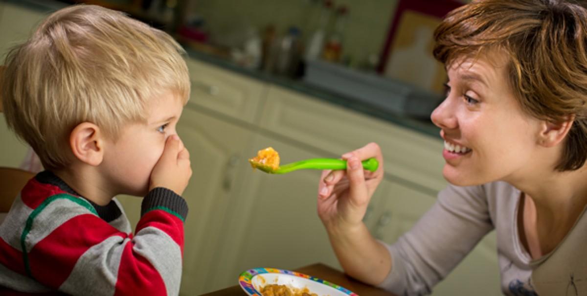 Γονείς στο Instagram αποδεικνύουν πόσο παιδεύονται με τα παιδιά τους στο φαγητό