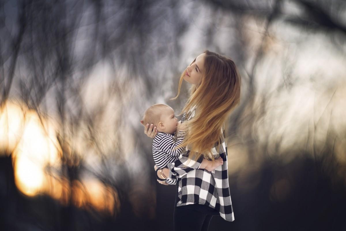 Θηλάζουσες Θεές: Όταν ο θηλασμός γίνεται έργο τέχνης