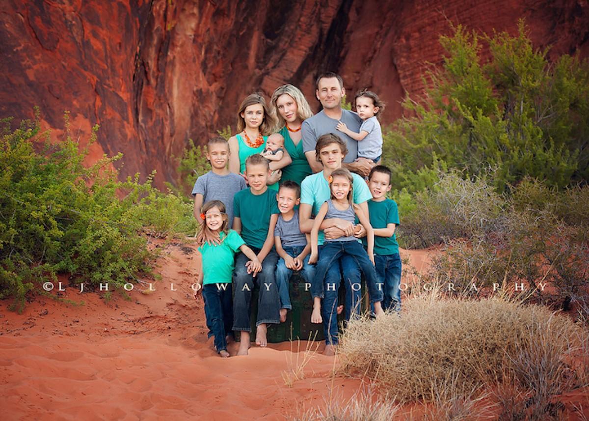 Η μαμά με τα 10 παιδιά συνεχίζει τις πανέμορφες φωτογραφίσεις της