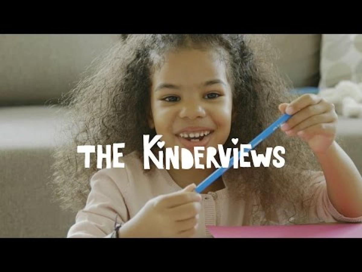 Τι πιστεύουν άραγε αυτά τα μικρά παιδιά για τους γονείς τους;