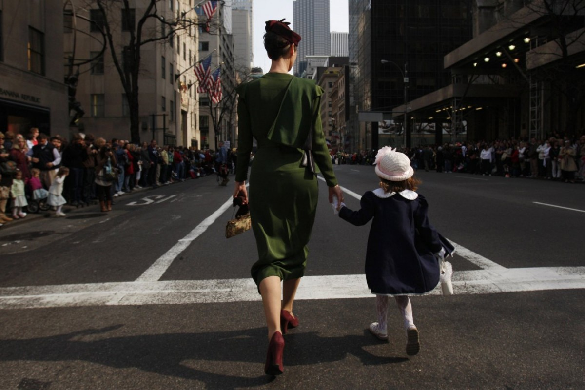 Οι εργαζόμενες μητέρες μεγαλώνουν επαγγελματικά επιτυχημένες κόρες, σύμφωνα με έρευνα