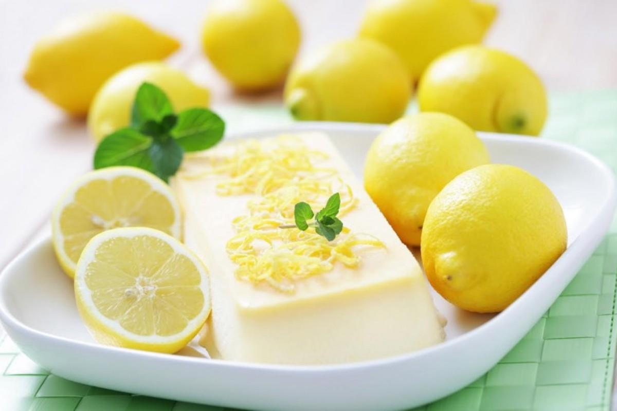 Φανταστικό σεμιφρέντο λεμονι με γλυκό του κουταλιού!
