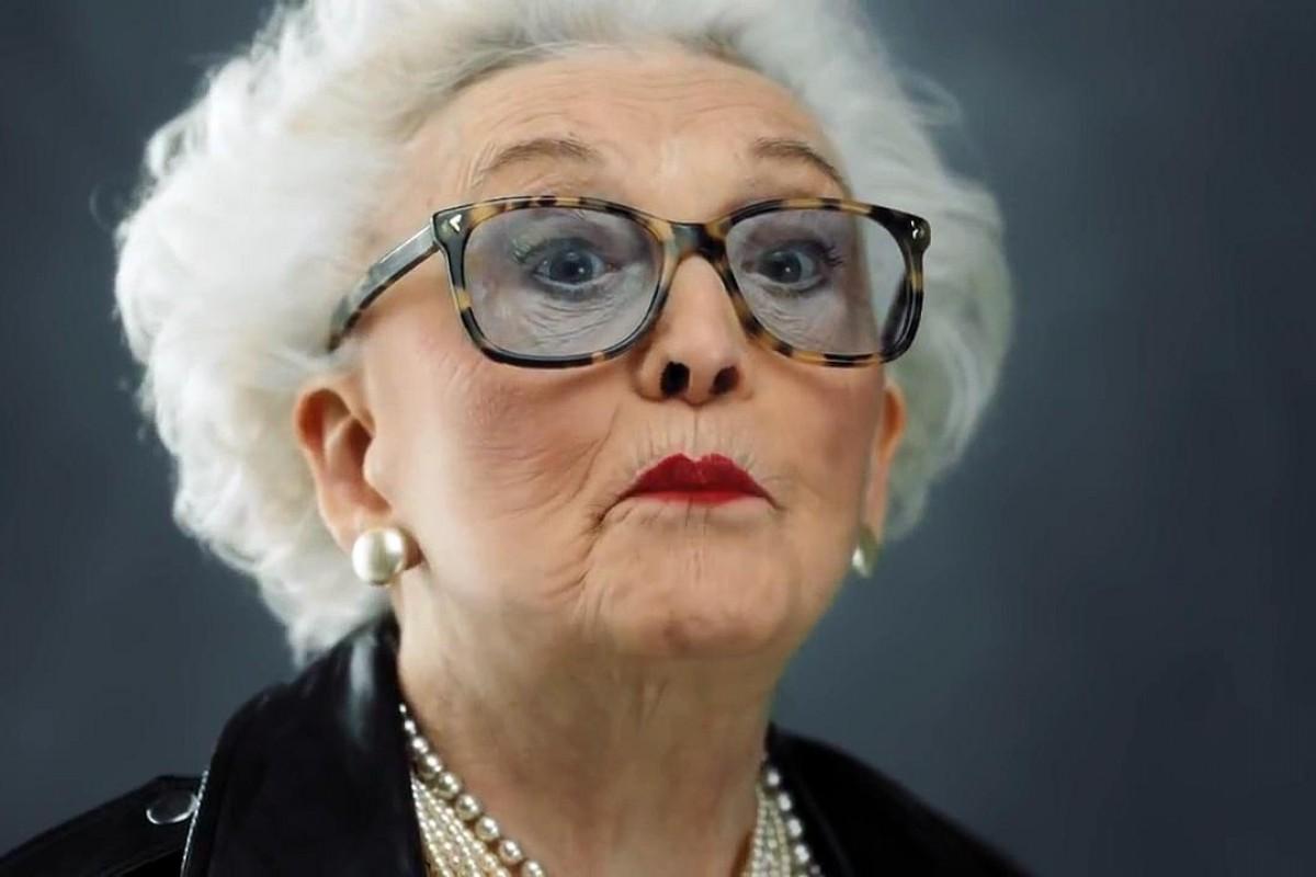 Αυτές οι ηλικιωμένες κυρίες έχουν μια πολύ σημαντική συμβουλή για σένα που είσαι ακόμη νέα