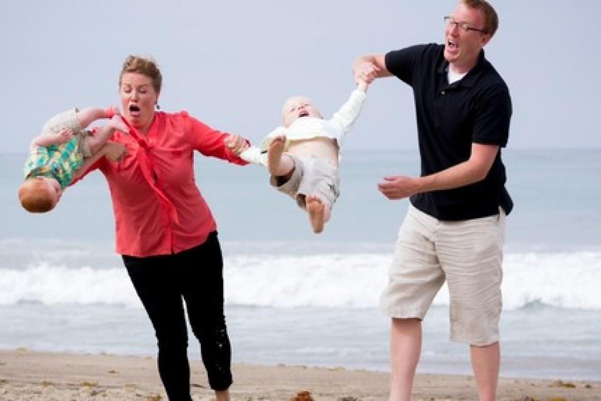 Σου έπεσε το μωρό; Ο απόλυτος οδηγός πανικού και ψυχραιμίας