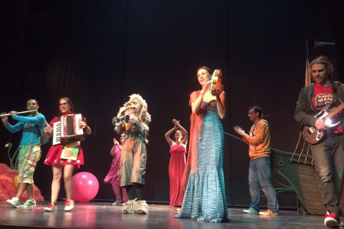 «Περιπέτεια στο Τσαμπουκαλονήσι»|Μια διαδραστική παράσταση για τον εκφοβισμό, τη διαφορετικότητα και τη φιλία