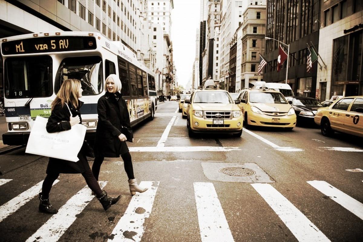 Στη Νέα Υόρκη μπορείς να νοικιάσεις ακόμα και… μαμά!