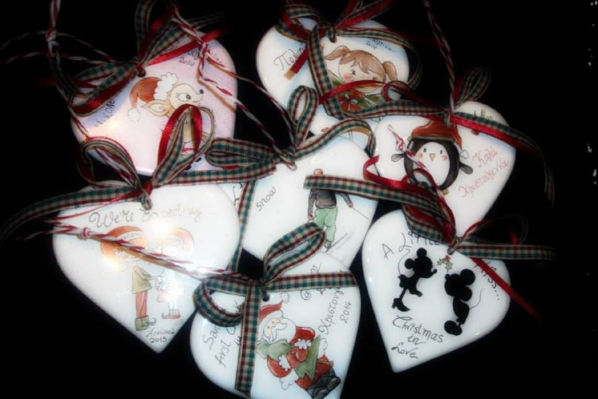 ΕΛΗΞΕ: Κερδίστε μια πορσελάνινη καρδιά στολιδι ζωγραφισμένη στο χέρι απο την Έφη Μπεγνή!
