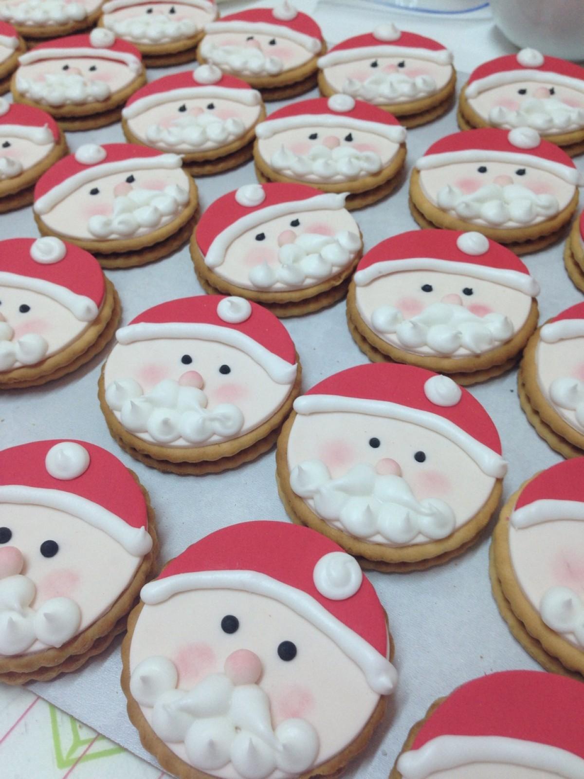 Φτιάξτε και σεις μπισκοτάκια Άγιος Βασίλης!