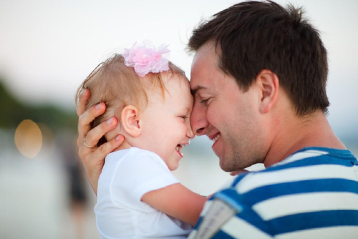14 εξομολογήσεις μπαμπάδων που μεγαλώνουν μόνοι τους τα παιδιά τους