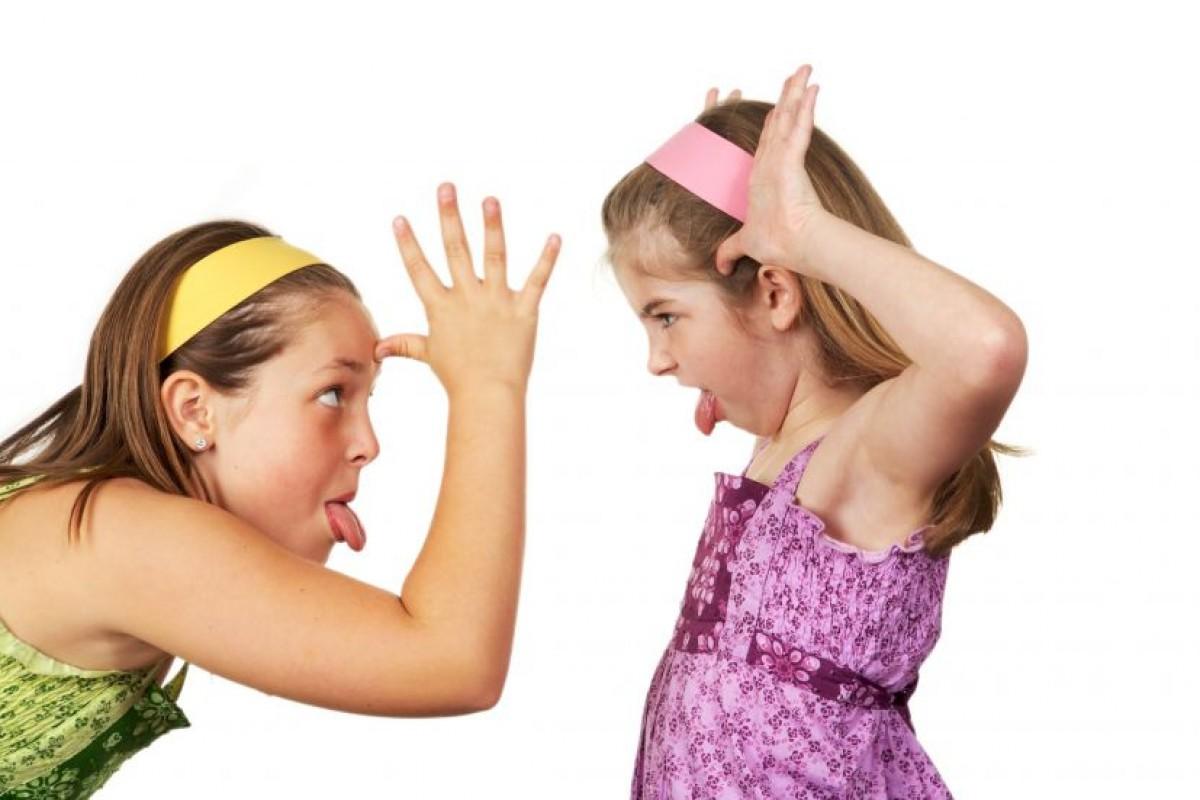 Αδελφικοί καβγάδες|Πώς θα ενισχύσουμε θετικά τις σχέσεις ανάμεσα στα αδέρφια;