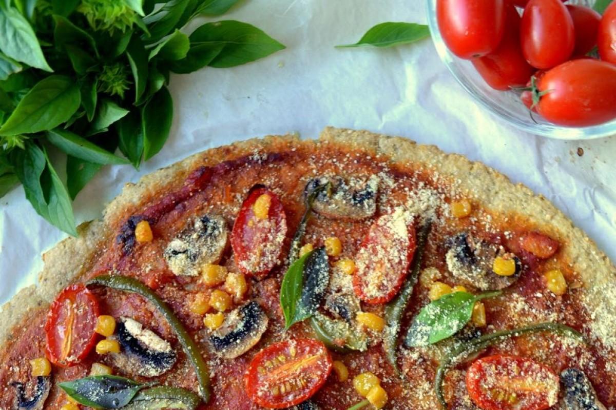 Πεντανόστιμη, απόλυτα υγιεινή πίτσα με σούπερ ζύμη (χωρίς αλεύρι)!