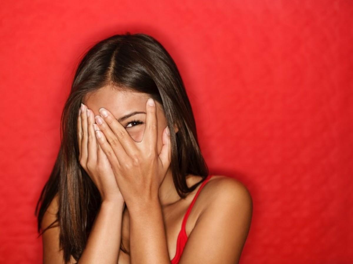 6 μυστικά που βοηθούν τους αιώνια ντροπαλούς!