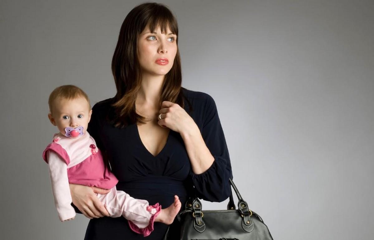 Πώς θα νικήσω τις τύψεις που νιώθω ως μητέρα;