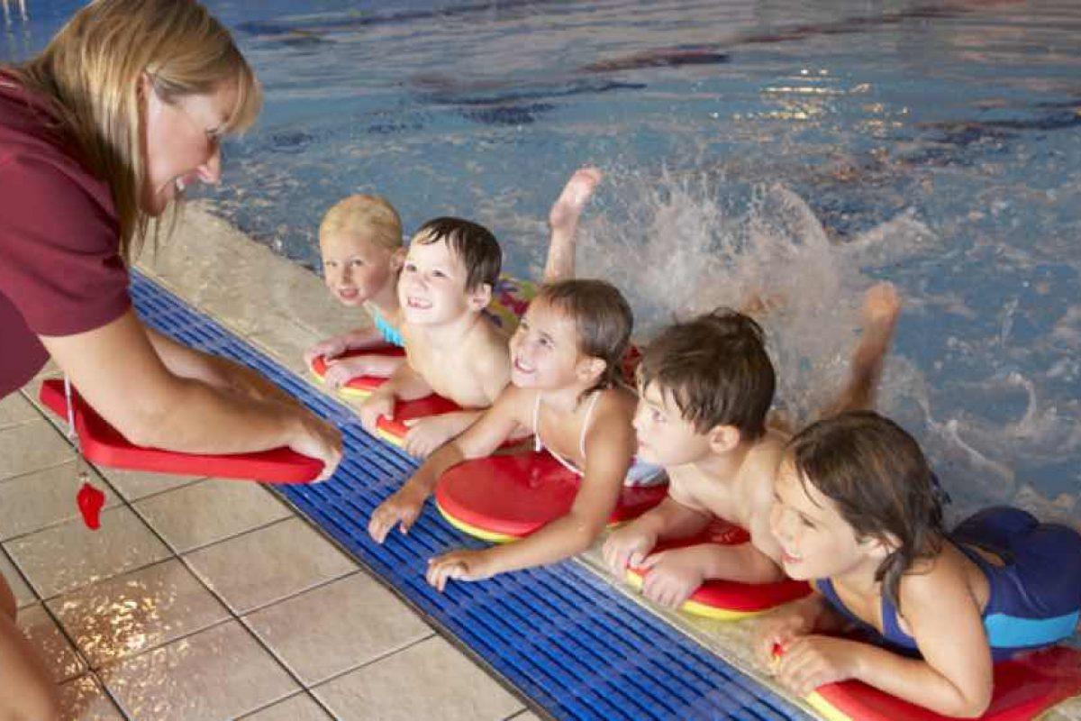 Υποχρεωτικά μαθήματα κολύμβησης στα δημοτικά σχολεία τη νέα σχολική χρονιά