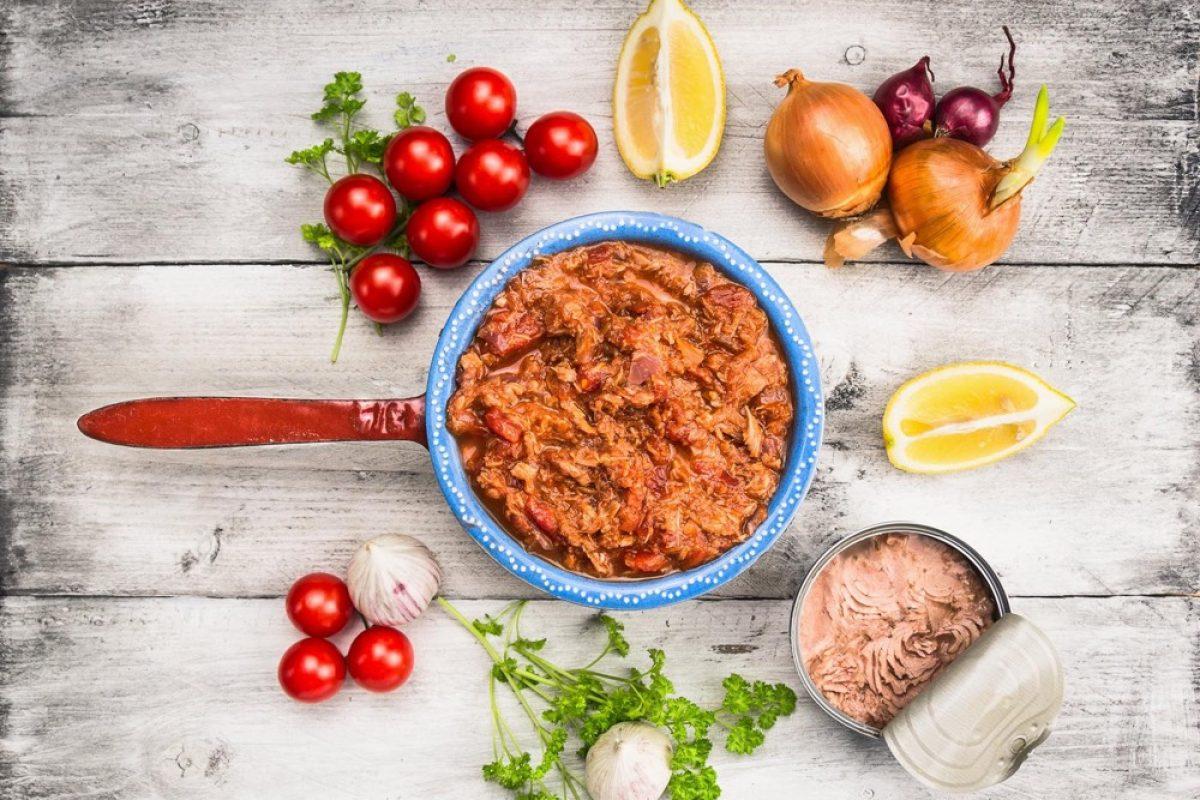 Σπιτική σάλτσα τόνου για μακαρονάδες