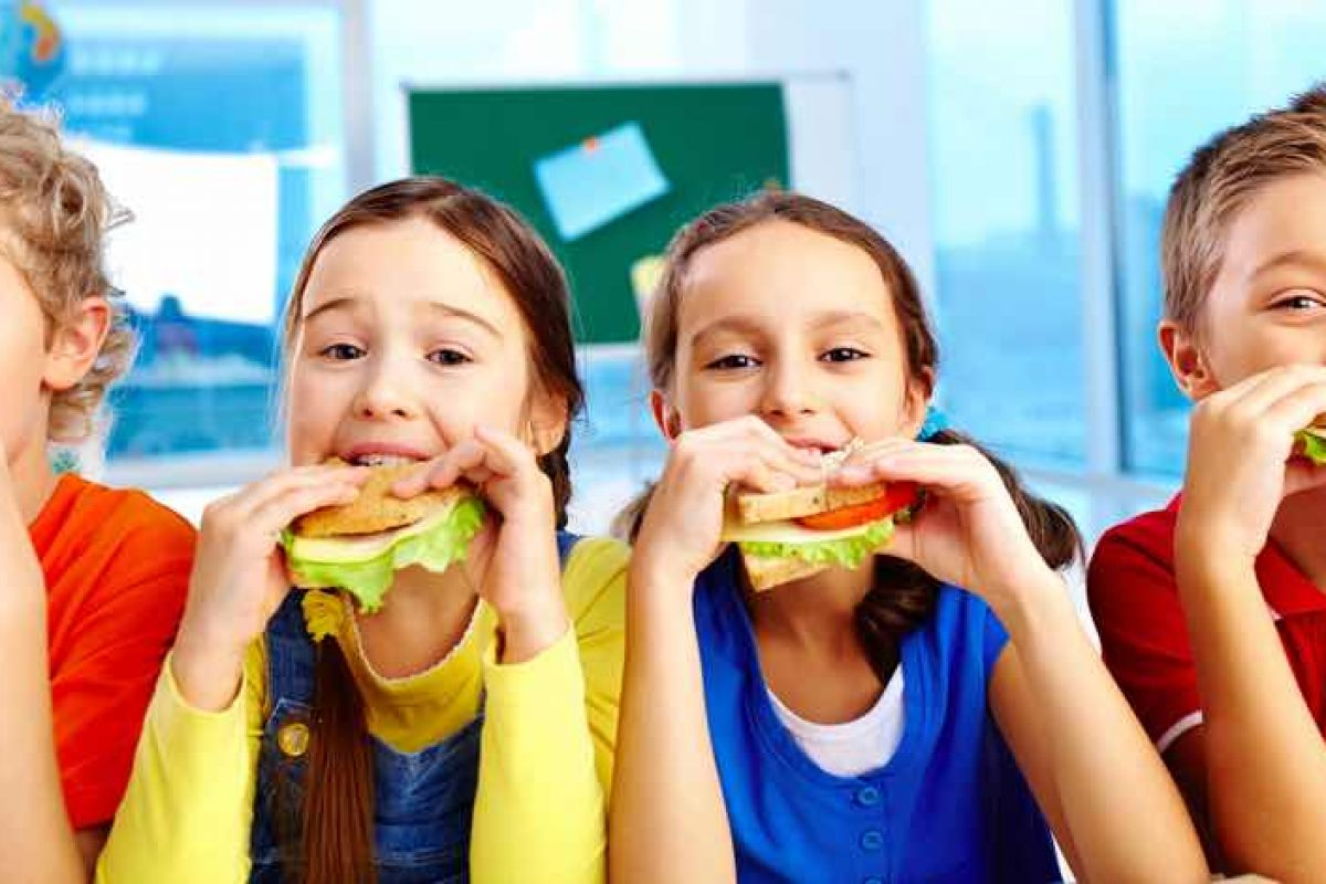 Back to school με μικρά και συχνά γεύματα!