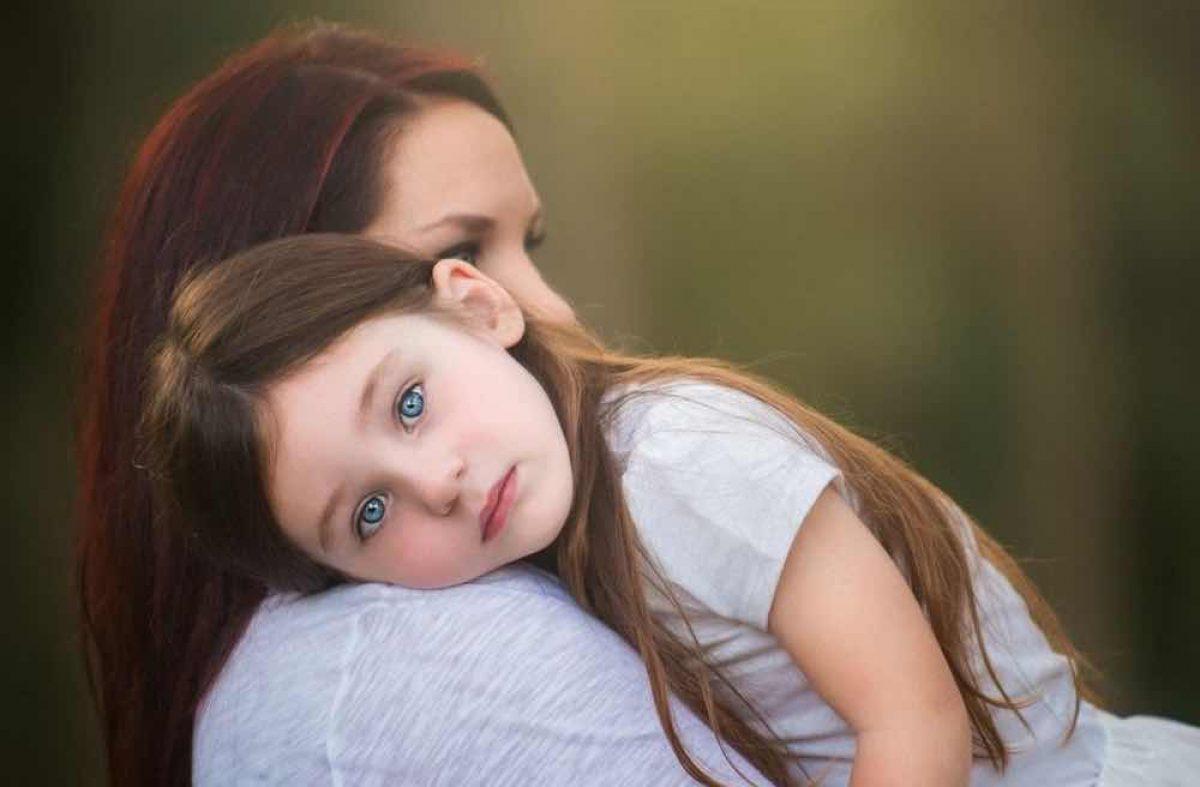 4 Βήματα για να προσεγγίσουμε τα παιδιά μας όταν (οι σχέσεις μας μαζί τους) έχουν προβλήματα