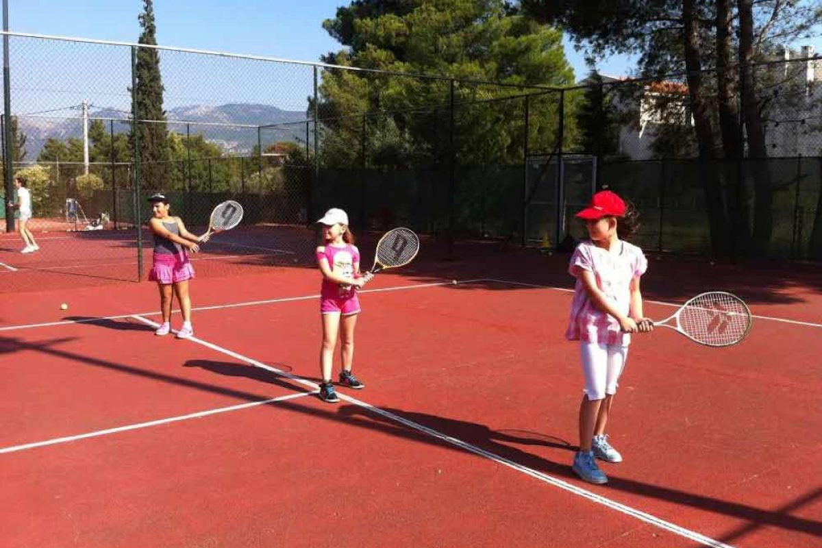 Back to… Tennis School!