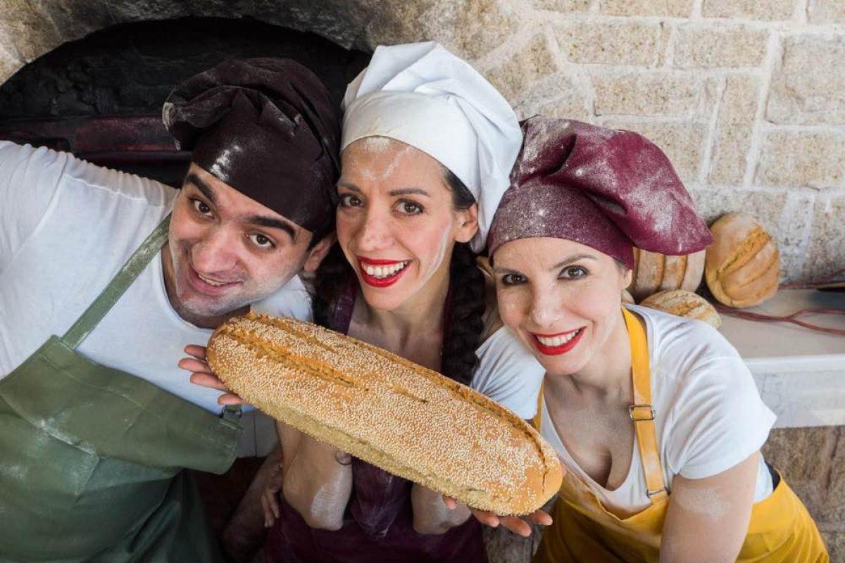 Ο Κουκουμπλής | Ζυμώνουμε το πιο γλυκό ψωμί!