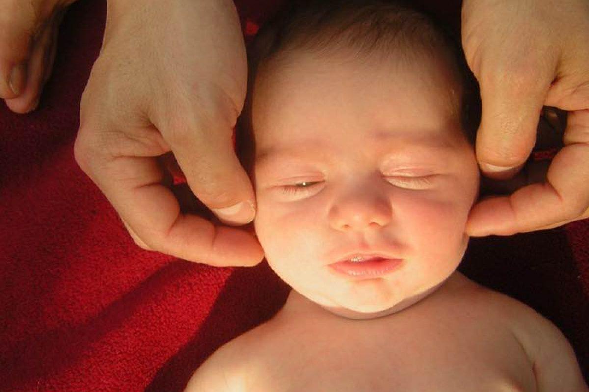 Πώς η φωνή της μητέρας διαμορφώνει τον εγκέφαλο του μωρού της