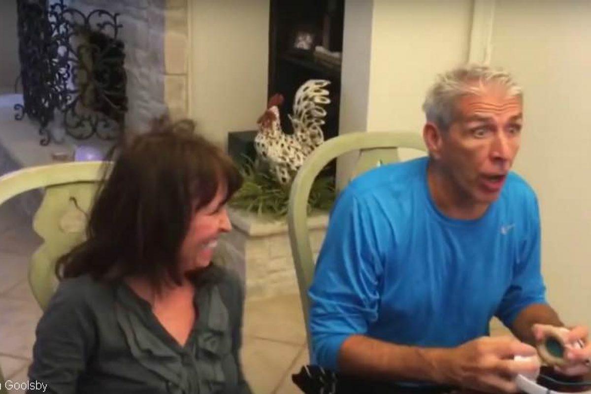 «Θα γίνεις παππούς!» | Δείτε την αντίδραση αυτού του φανταστικού μπαμπά!