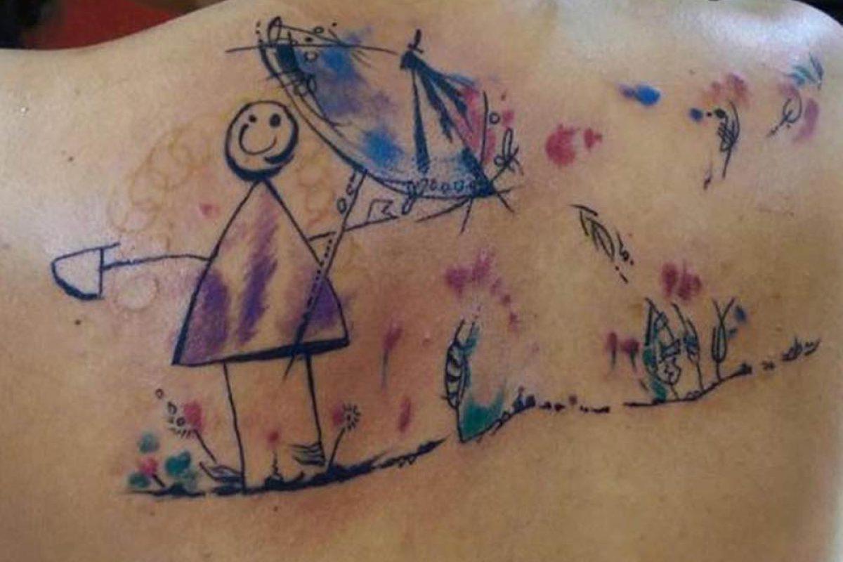 Έκαναν τατουάζ τις ζωγραφιές των παιδιών τους!