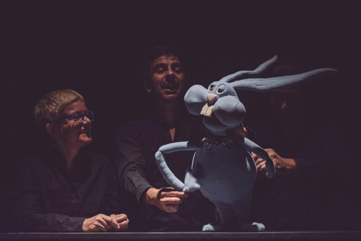 «Ο Αγησίλαγος» | Μία παράσταση με κούκλες του Δημήτρη Μπασλάμ