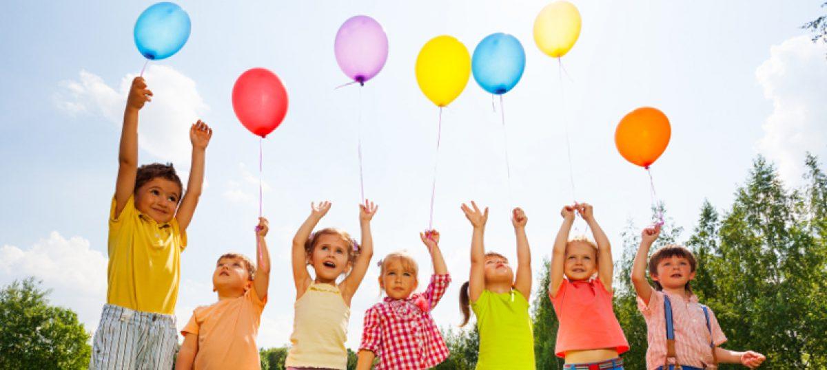 Γιατί κάνω παρατήρηση στα παιδιά των άλλων στην παιδική χαρά