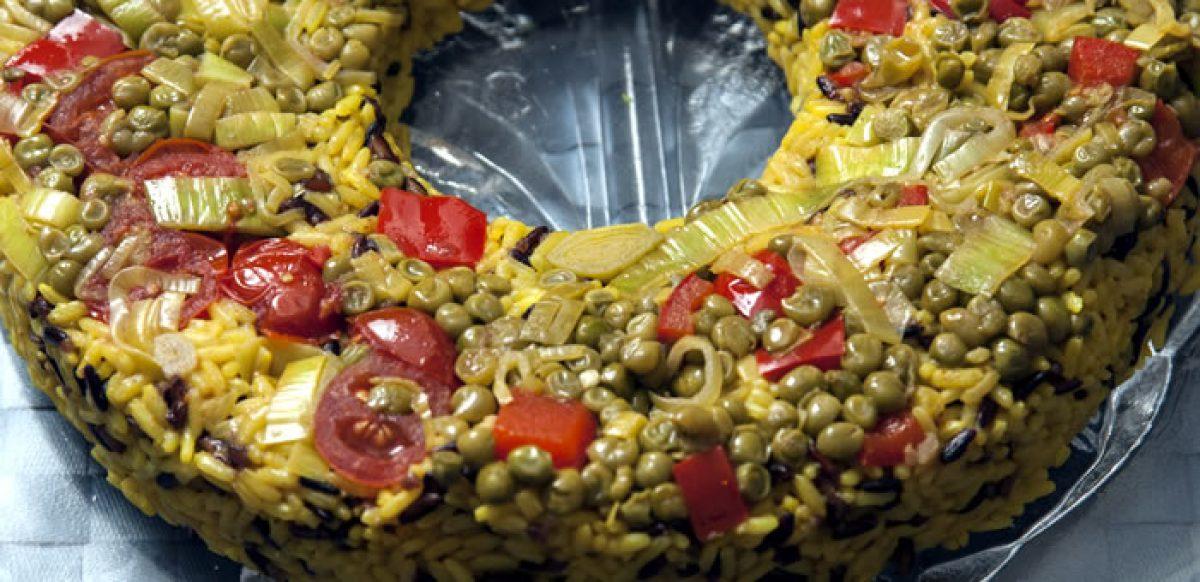 Πιλάφι με λαχανικά σε φόρμα