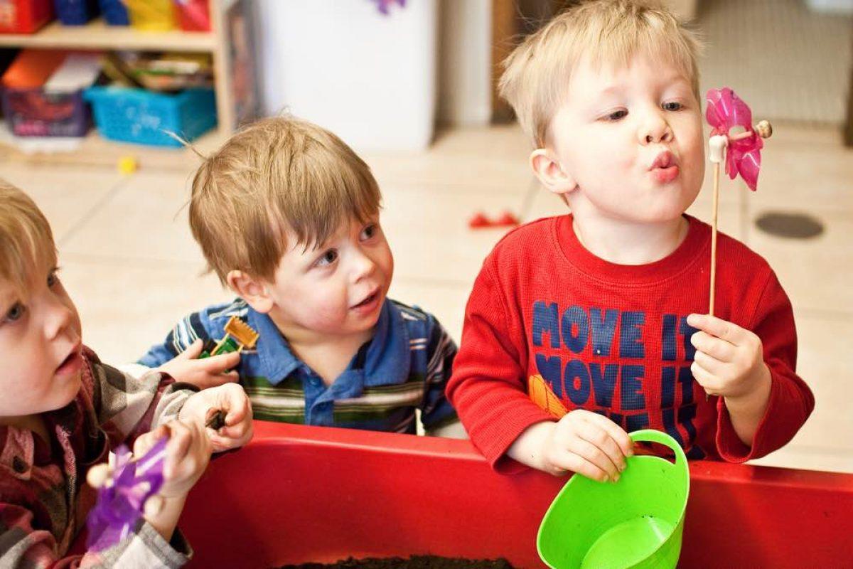 Πώς θα βοηθήσουμε το παιδί μας να χτίσει κοινωνικές δεξιότητες;