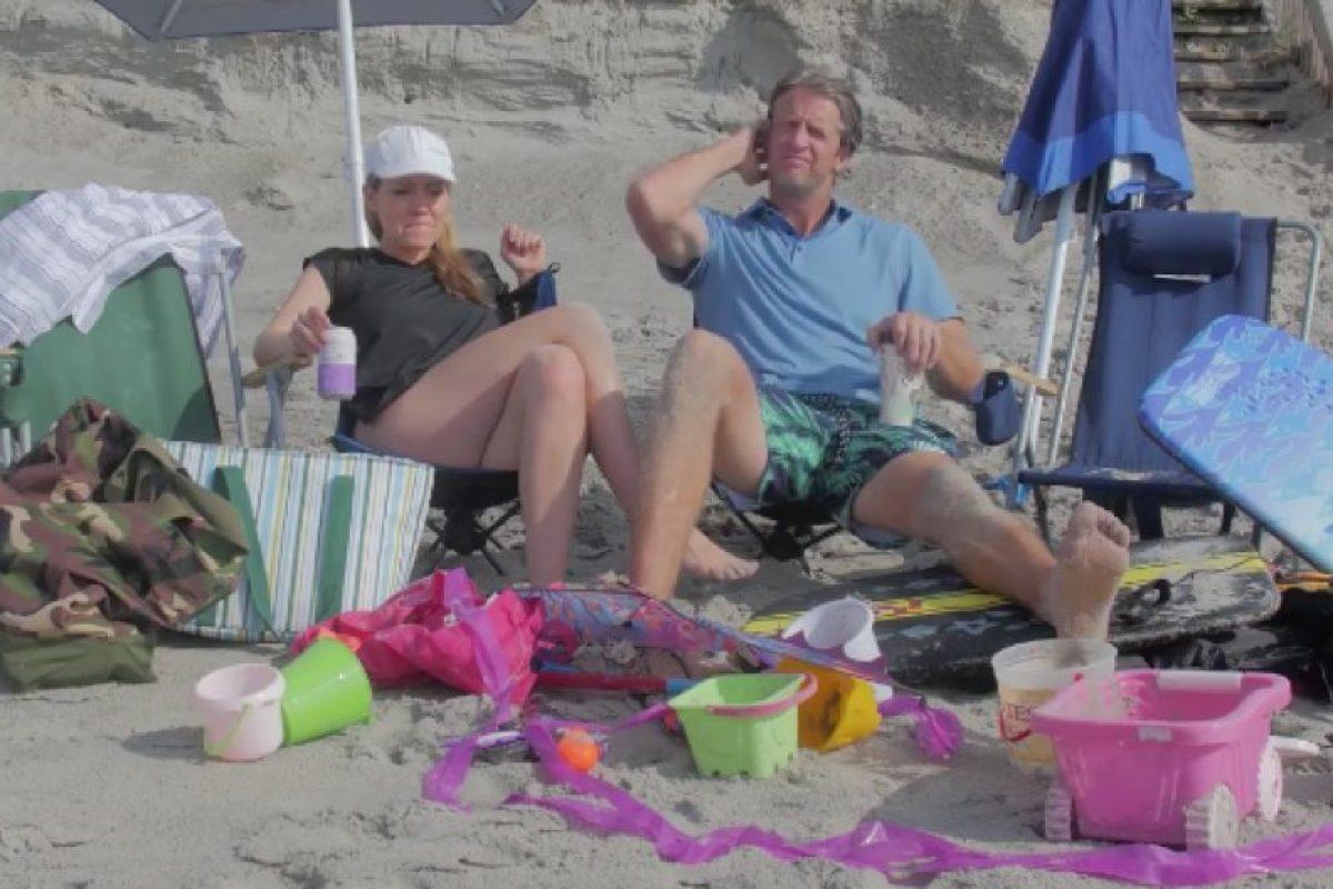 Η εξόρμηση στην παραλία πριν και μετά τα παιδιά!
