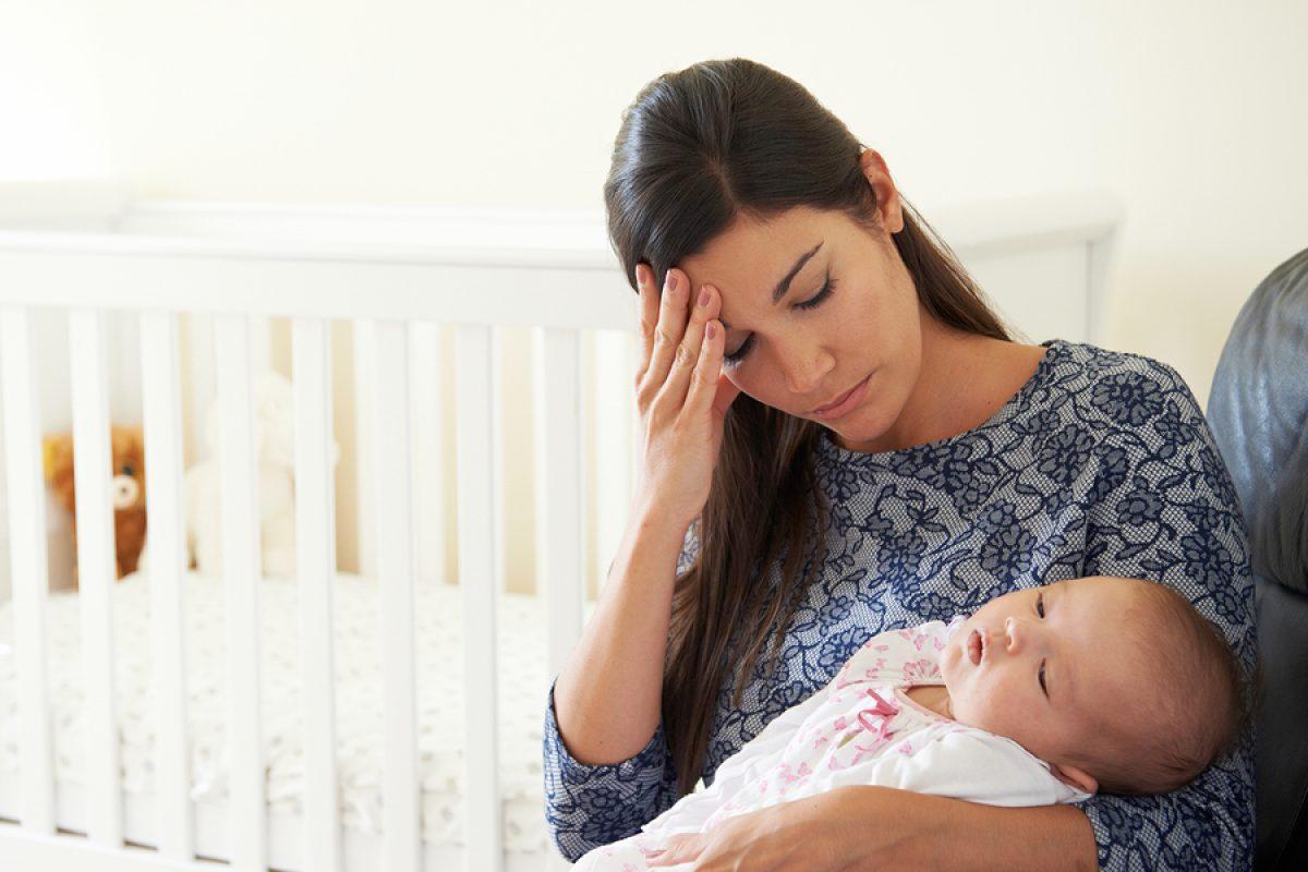8 αγωνίες που μόνο οι μαμάδες με άγχος μπορούν να καταλάβουν